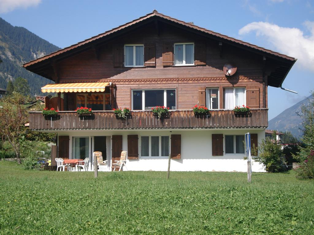 Haus Roserta - Apartment - Lenk - Exterior - Winter