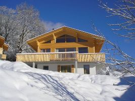 Anneloes, Chalet