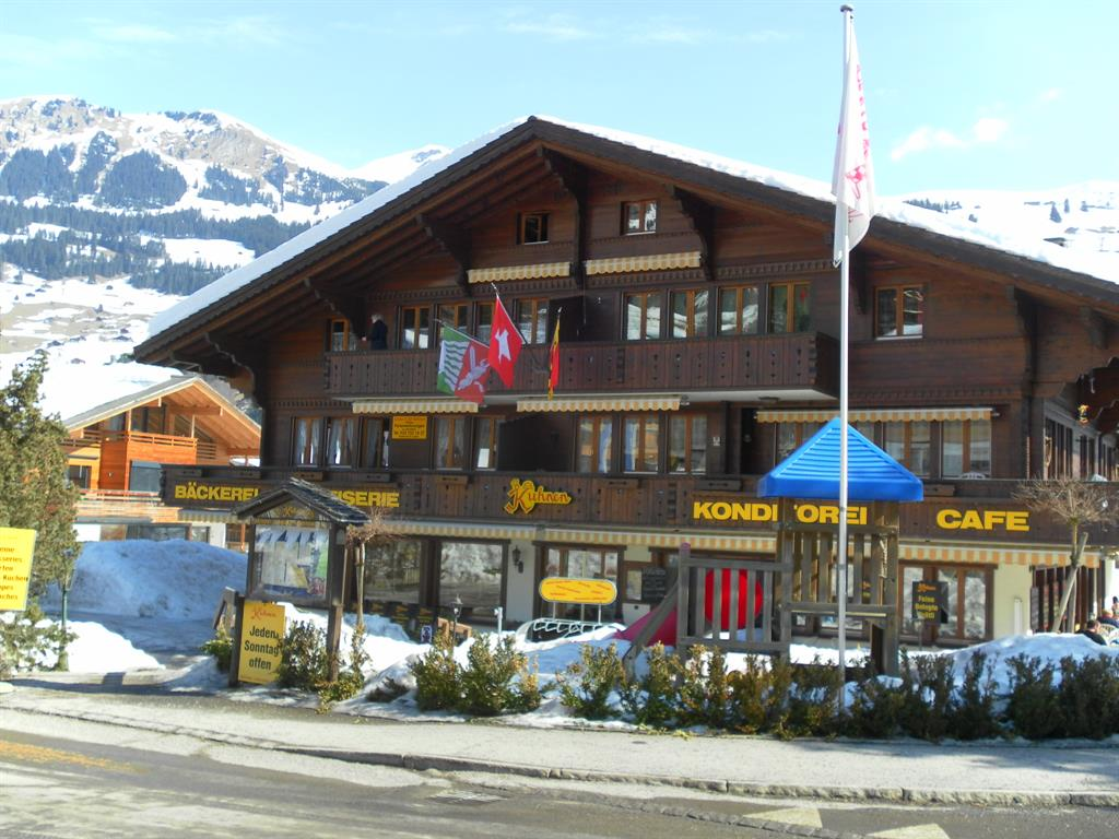 Café Kuhnen - Wohnung Leiterli - Apartment - Lenk - Exterior - Winter