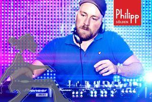 Salvation Party mit DJ Paul Coals from London Live